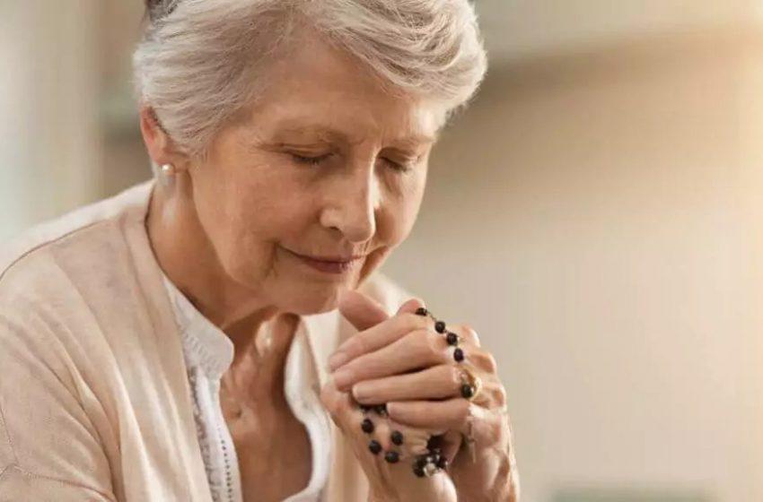 Não pode comungar? Reze a oração para a comunhão espiritual